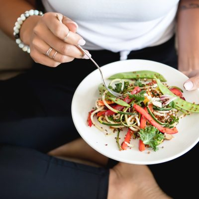 9 Proven Eating Behaviors to Help You Lose Weight Without Dieting.