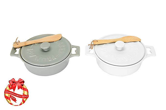 "Creative Co-Op Stoneware Brie Bakers with Lids & Wood Spreaders, 7"" Round, Set of 2 Colors"